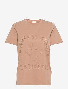 DESMOS - t-shirts - chanterelle