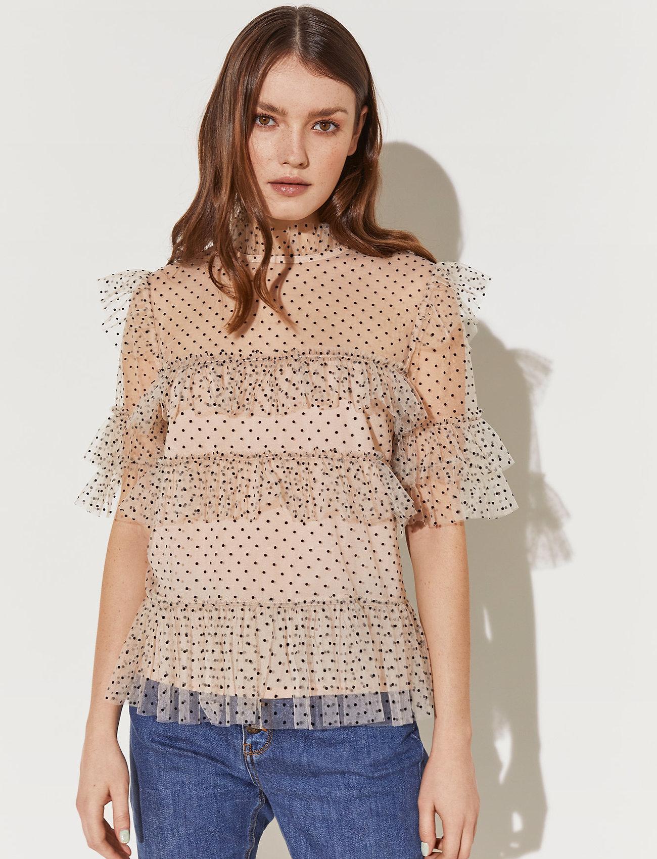 By Malina - Rachel dotted blouse - kortärmade blusar - soft beige - 0