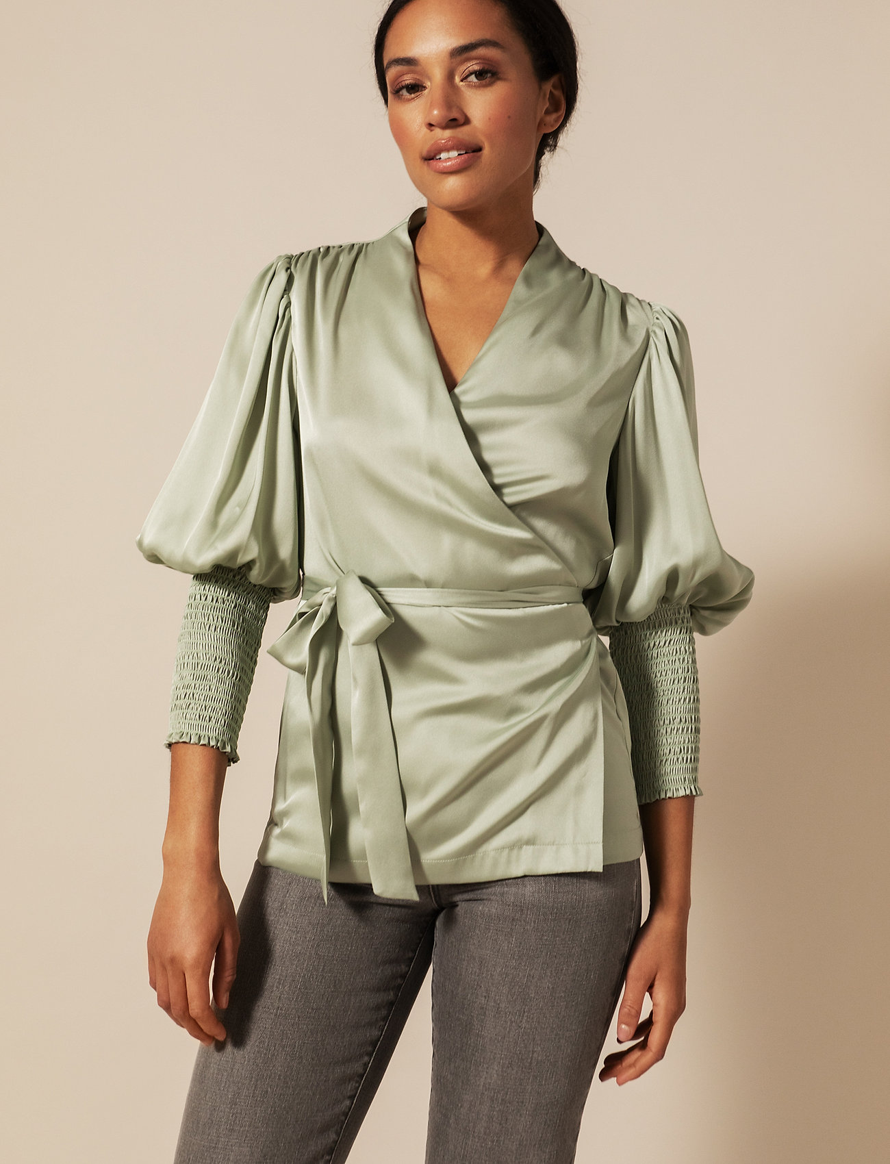 By Malina - Hope blouse - långärmade blusar - sage - 0