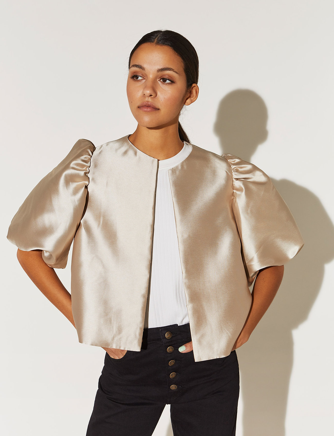 By Malina - Cleo blouse - kortärmade blusar - soft beige - 0