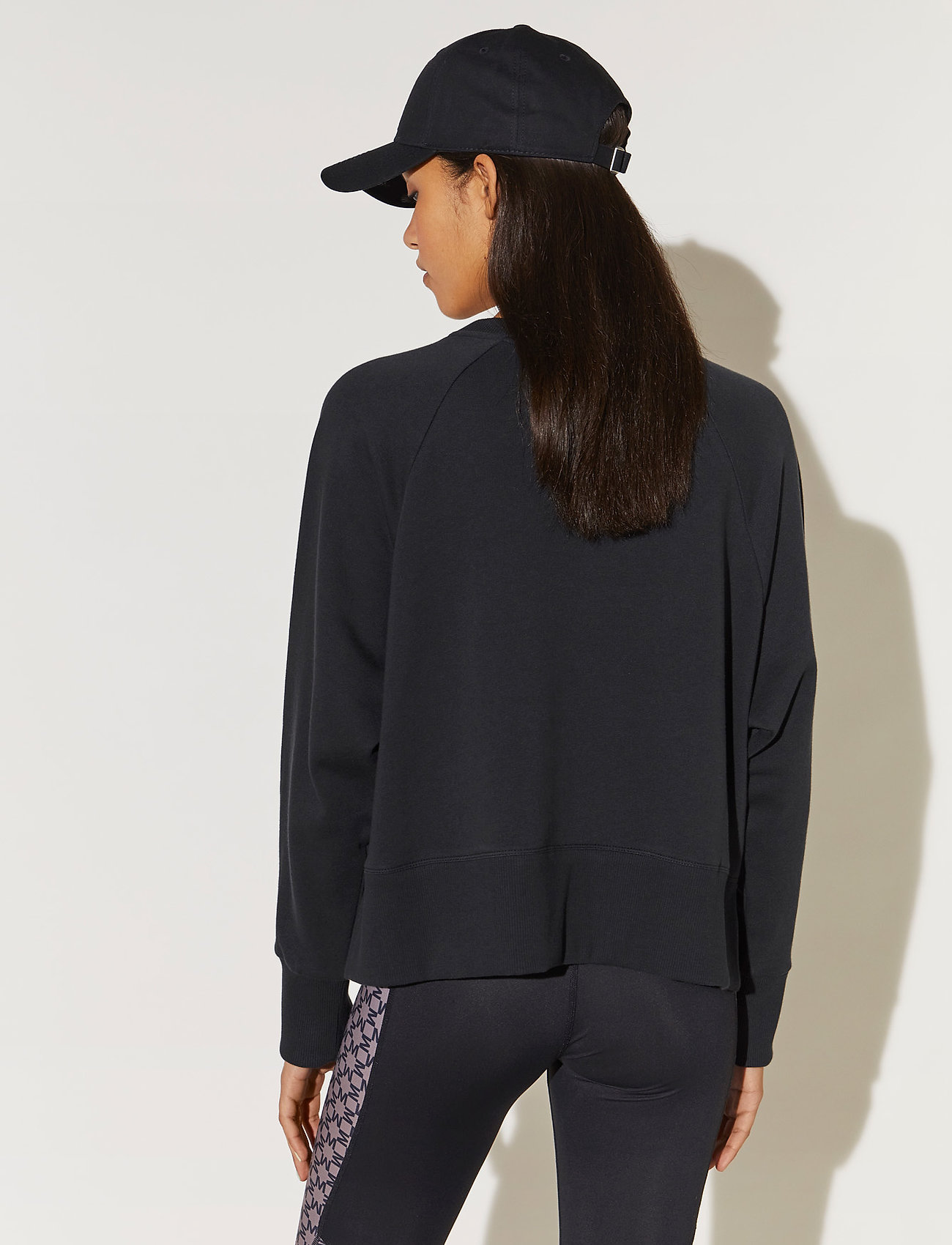 By Malina - Iconic cropped sweatshirt - sweatshirts & hoodies - black - 4