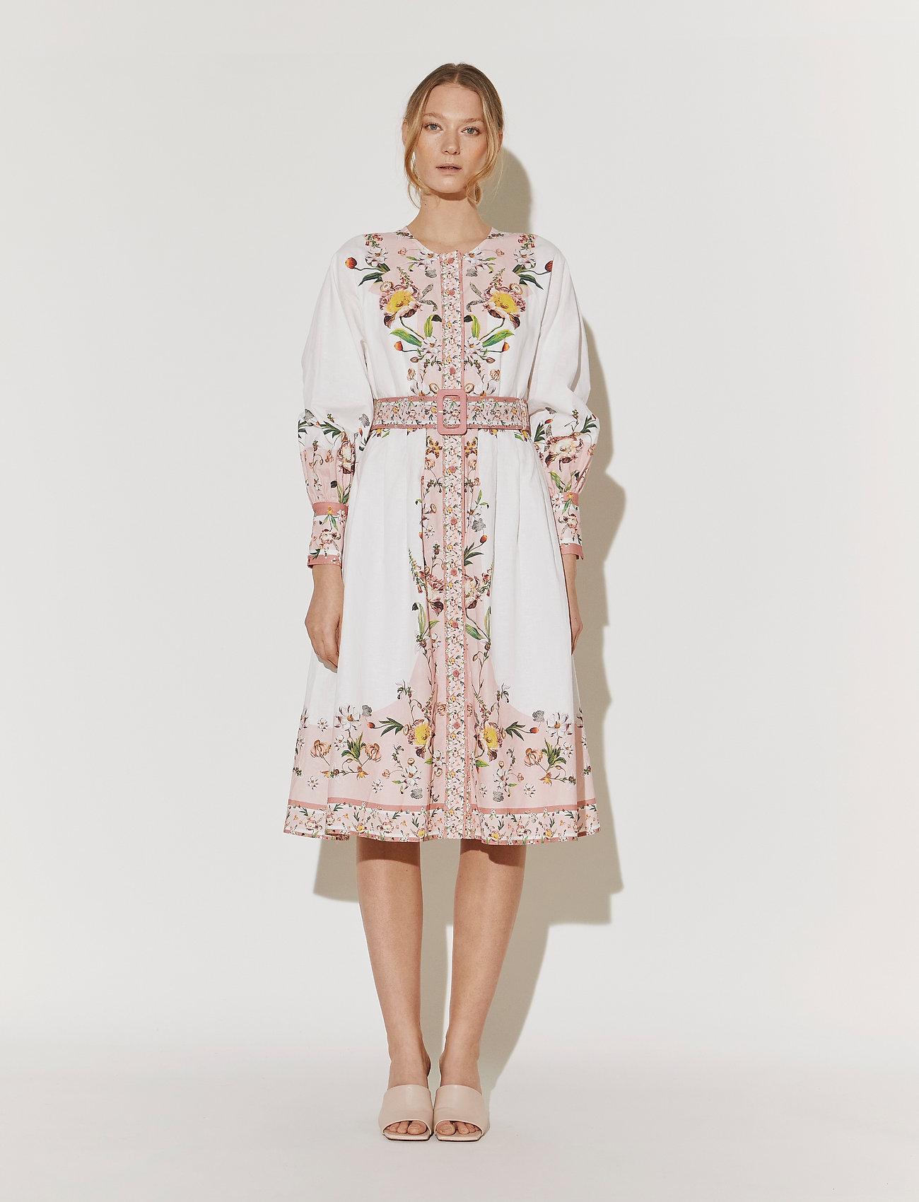 By Malina - Caily dress - midiklänningar - french rose pale pink - 0
