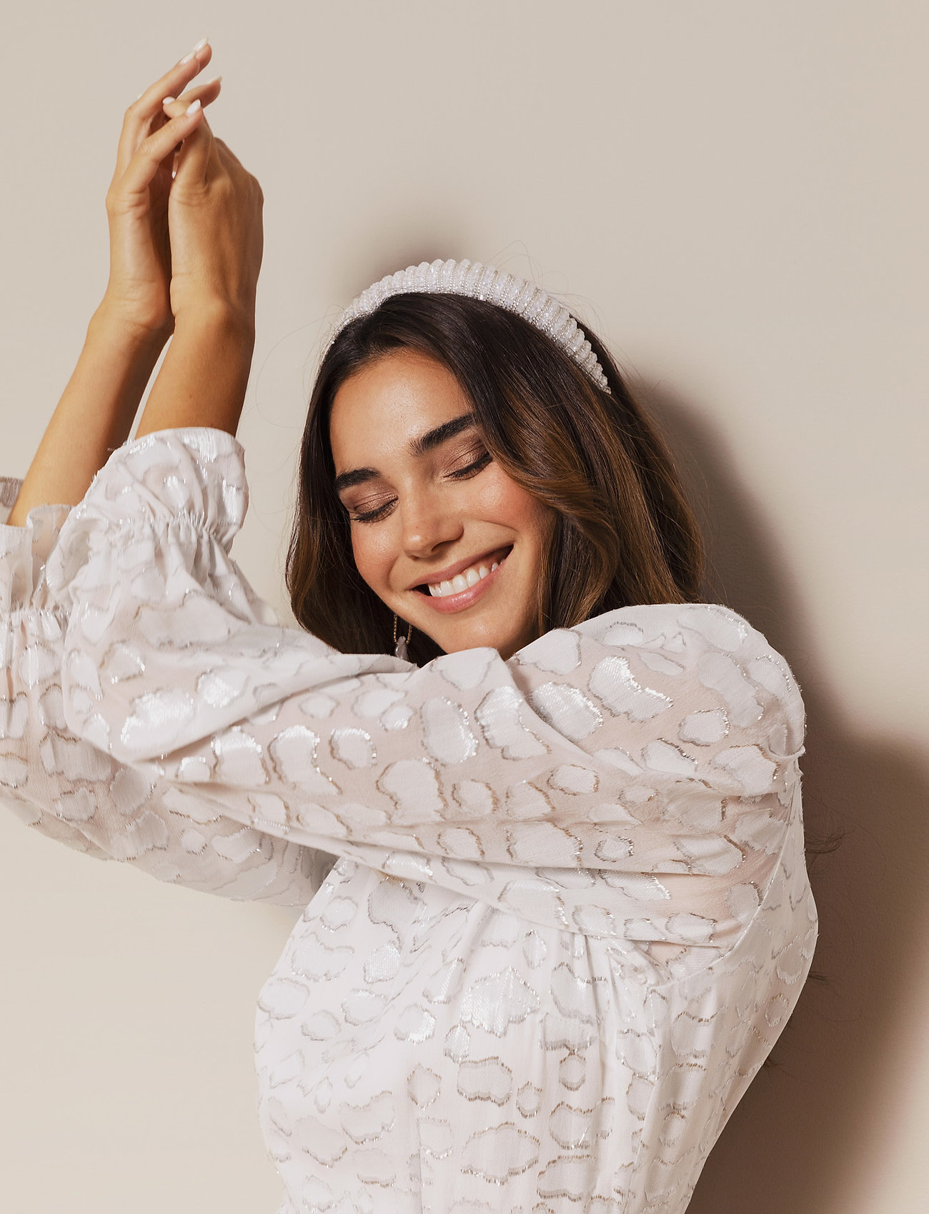 By Malina - Margaux embellished headband - haar accessoires - ivory - 0