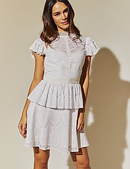 By Malina - Grace dress - korta klänningar - white - 0