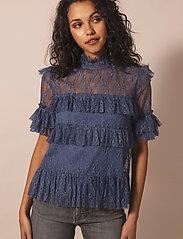 By Malina - Rachel blouse - kortärmade blusar - indigo blue - 0