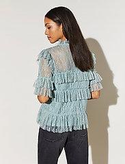 By Malina - Rachel blouse - kortärmade blusar - serene blue - 3