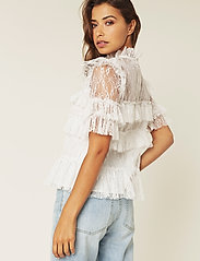 By Malina - Rachel blouse - kortärmade blusar - white - 3