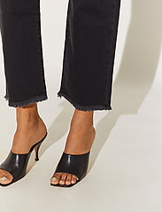 By Malina - Alexa jeans - straight jeans - black - 5