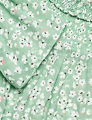 By Malina - Donna blouse - långärmade blusar - garden flower - 5