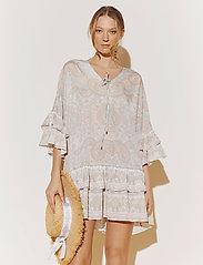 By Malina - Kyla dress - festklänningar - pastel paisley - 0