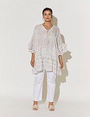 By Malina - Kyla dress - festklänningar - pastel paisley - 5