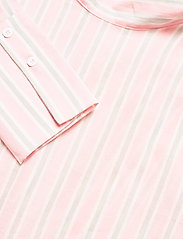 By Malina - Aldina shirt - långärmade blusar - pale pink stripe - 6