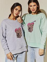By Malina - Noodle sweatshirt - sweatshirts - grey melange - 3