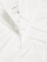 By Malina - Gloria dress - vardagsklänningar - white - 3