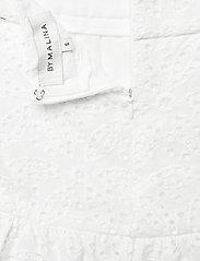 By Malina - Kacey skirt - korta kjolar - white - 2