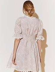 By Malina - Leonie dress - sommarklänningar - pastel paisley - 7
