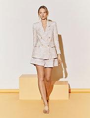 By Malina - Misty shorts - casual shorts - pastel paisley - 5