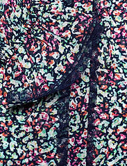By Malina - Ivey blouse - långärmade blusar - wild blossom - 7