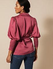 By Malina - Hope blouse - långärmade blusar - dusty raspberry - 7