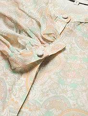 By Malina - Sacha blouse - långärmade blusar - pastel paisley - 5