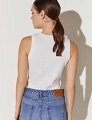 By Malina - Naomi top - linnen - white - 3