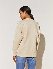 By Malina - Iconic sweatshirt - sweatshirts & hoodies - soft beige - 3
