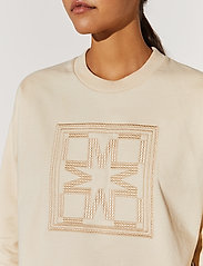 By Malina - Iconic sweatshirt - sweatshirts & hoodies - soft beige - 4