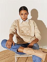 By Malina - Iconic sweatshirt - sweatshirts & hoodies - soft beige - 5