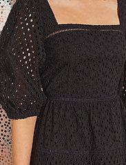 By Malina - Samira dress - sommerkjoler - black - 4