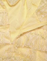 By Malina - Rosa dress - cocktail-kjoler - lemon - 4