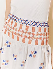 By Malina - Cora skirt - korta kjolar - white - 6