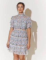 By Malina - Harlow dress - cocktailklänningar - french rose sky blue - 0