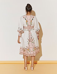 By Malina - Caily dress - midiklänningar - french rose pale pink - 6