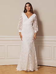 By Malina - Giselle gown - spetsklänningar - ivory - 0