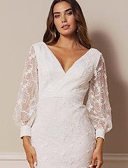By Malina - Giselle gown - spetsklänningar - ivory - 4