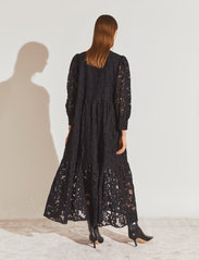 By Malina - Birdie dress - kveldskjoler - black - 3