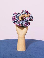 By Malina - Simone scrunchie - scrunchies - wild blossom - 2