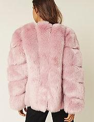 By Malina - Oria faux fur jacket - sztuczne futro - rosé - 3