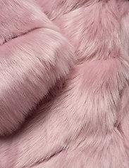 By Malina - Oria faux fur jacket - sztuczne futro - rosé - 5