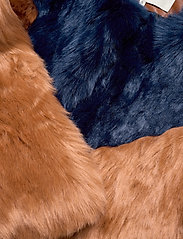 By Malina - Rocca faux fur jacket - faux fur - spiced honey-inc blue - 4