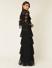 By Malina - Carmine maxi dress - avondjurken - black - 3