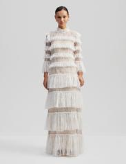 By Malina - Carmine maxi dress - pitsimekot - cloudy white - 0