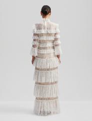 By Malina - Carmine maxi dress - pitsimekot - cloudy white - 3