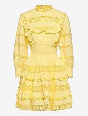 By Malina - Emmie dress - sommarklänningar - lemon - 1