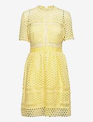 By Malina - Emily dress - cocktailklänningar - lemon - 1