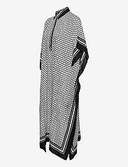 By Malina - Mollie kaftan - strandkläder - iconic print black - 2