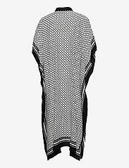 By Malina - Mollie kaftan - strandkläder - iconic print black - 4