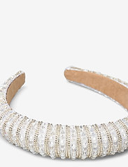 By Malina - Margaux embellished headband - haar accessoires - ivory - 2