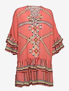 Kyla dress - festklänningar - inca coral