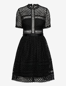 Emily dress - korta klänningar - black